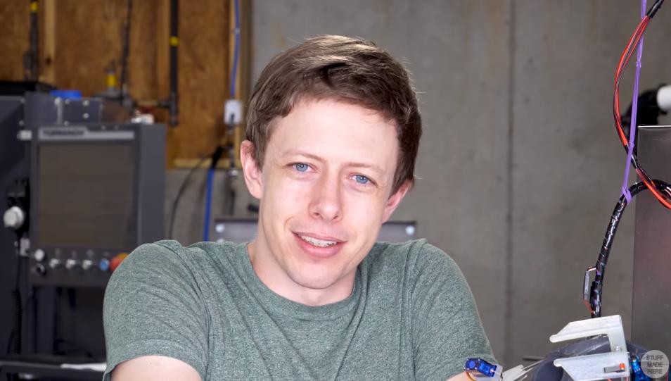 髪を自動で切ってくれるロボットを作った結果、「予想外の髪型」に…の画像 11/11