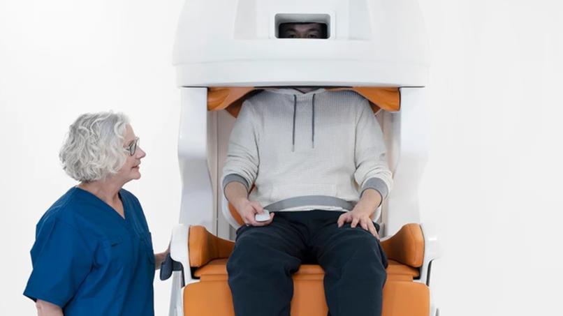 頭部を覆うだけの新MRI検査で、脳スキャンが快適になる