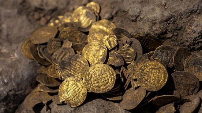 10代の若者が「1100年前の金貨」を大量発見!豪邸が買えるほどの価値(イスラエル)