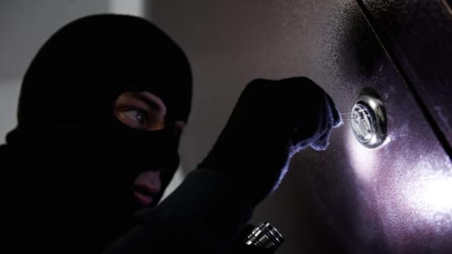 「鍵を差し込む音」だけで、泥棒に合鍵を作られる危険性がある