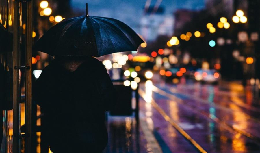 雨の降り方に強弱があるのはどうして?冬は小雨、夏は豪雨が多い理由