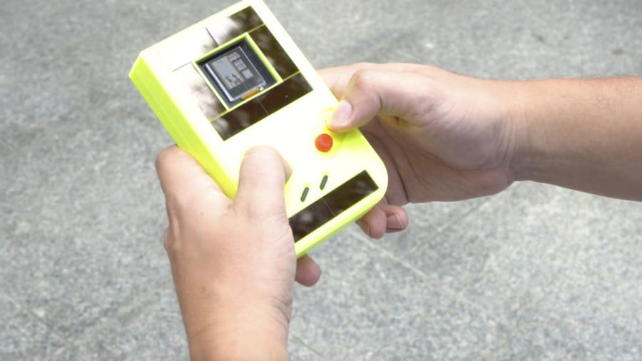"""「バッテリー不要」のゲームボーイを作る""""地球に優しい""""研究"""