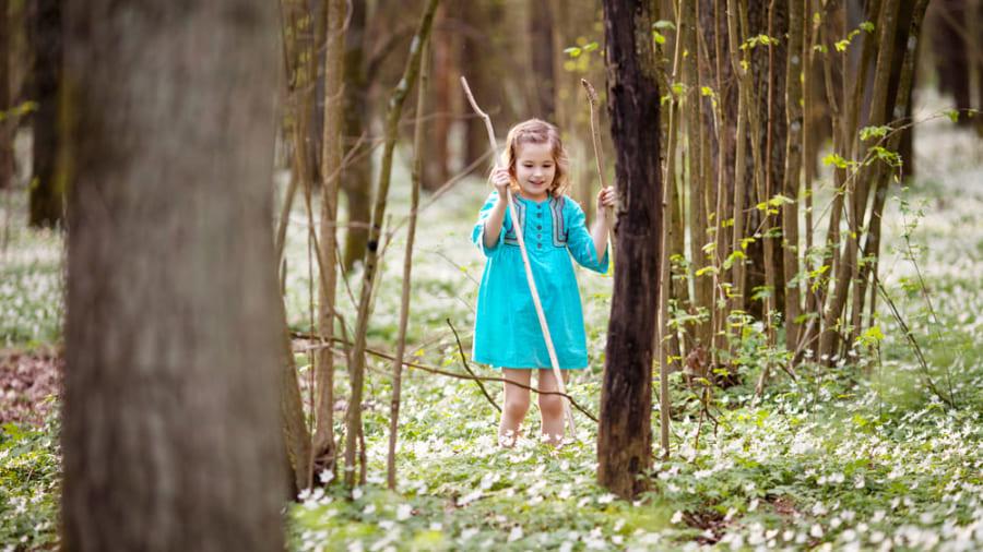 """子供の免疫力は""""自然と遊ぶことで強くなる""""という研究結果"""