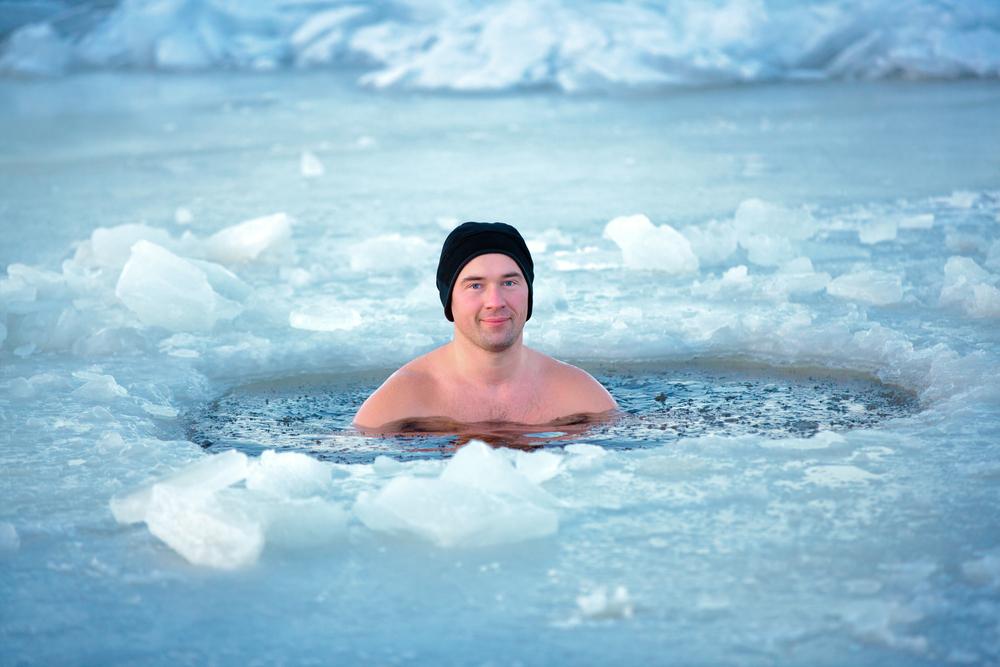 寒中水泳をするリスクは大きい