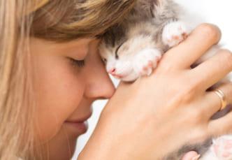 猫との絆を深める鍵はゆっくりとしたまばたきかもしれない