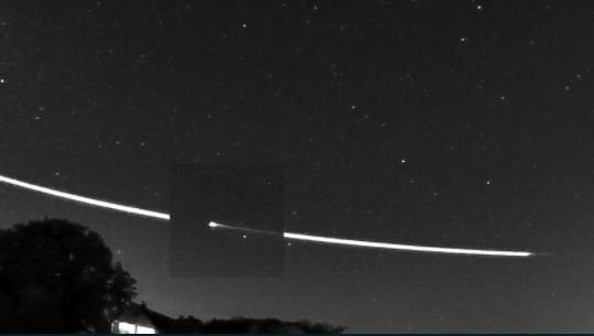 9月22日に撮影された流星が、宇宙へと帰っていく軌道。