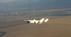 初飛行テストに成功