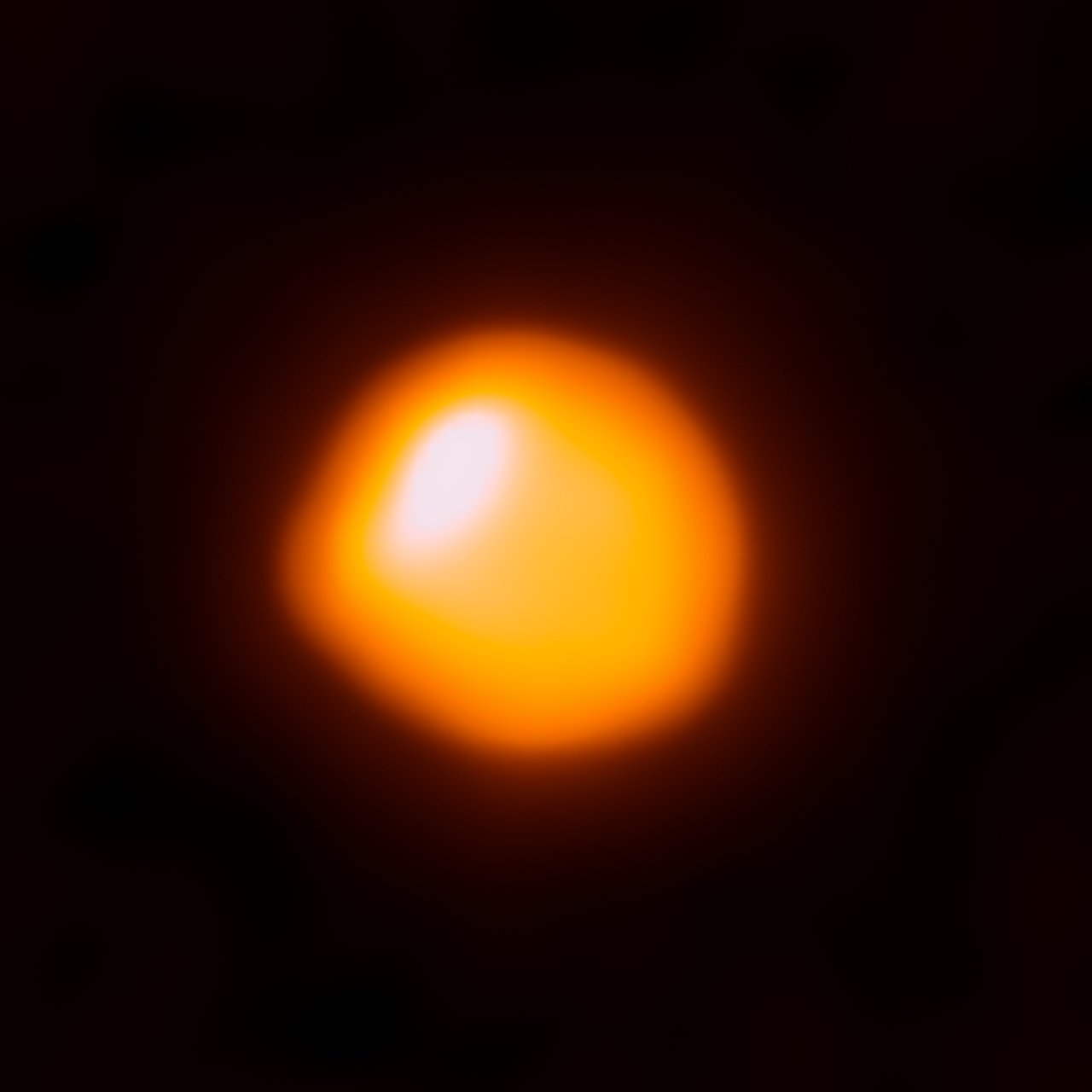 ALMA望遠鏡で撮影されたベテルギウス。