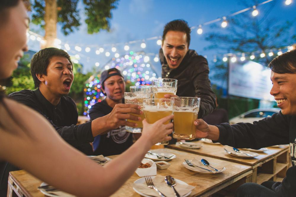 楽しい飲み会も無茶な飲み方をすれば命の危険が伴う。