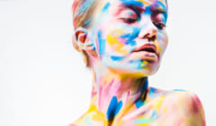 「人の顔」と「芸術品」では美しさの質がちがう?