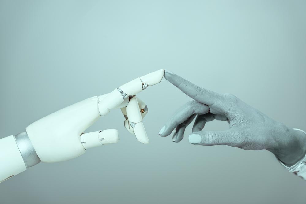 ロボットは人間のような触覚を得られるか