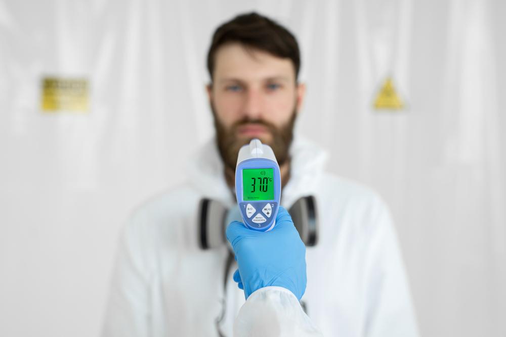 コロナ禍で温度計ガンが活躍