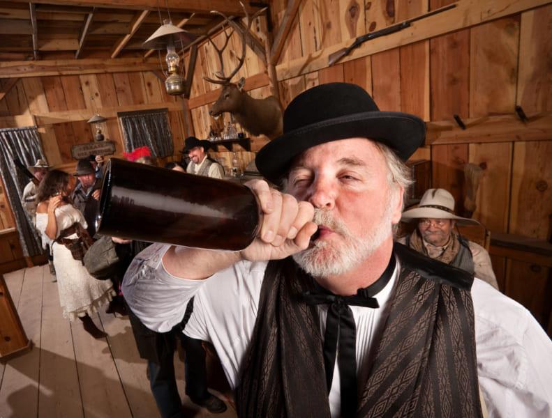 無茶な飲酒は非常に危険なのでやめましょう。