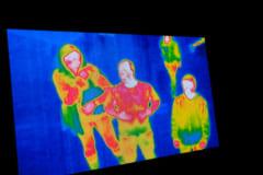 人間は赤外線として熱放射している