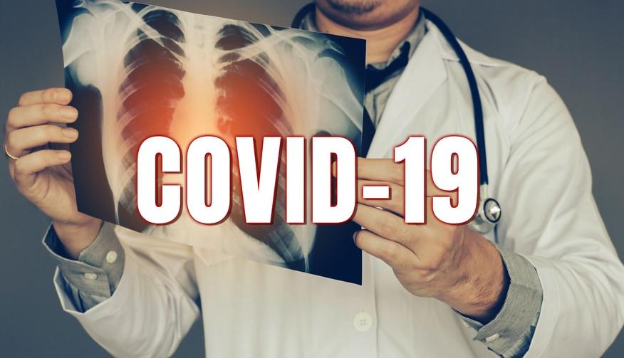 僅かな可能性にかけて新型コロナウイルスに効く薬を探す