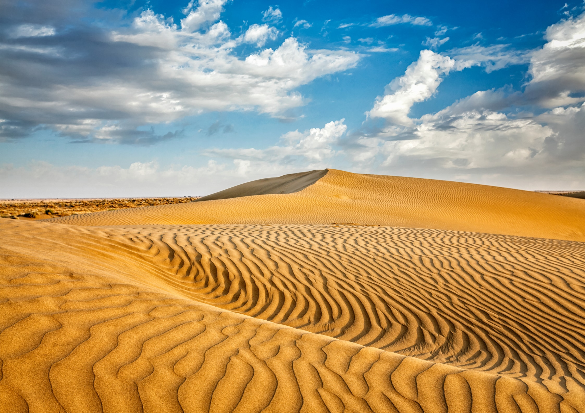 砂漠の昼と夜の気温差が大きい理由は?