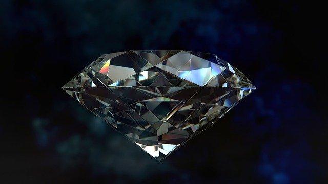 ダイヤモンドの永遠の煌きはわずか数分で作れる。