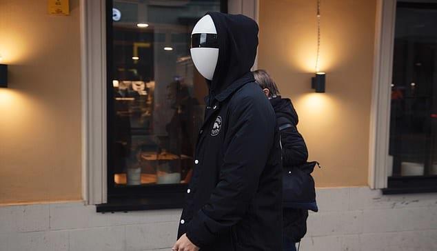 外出時でもプライバシー保護できる