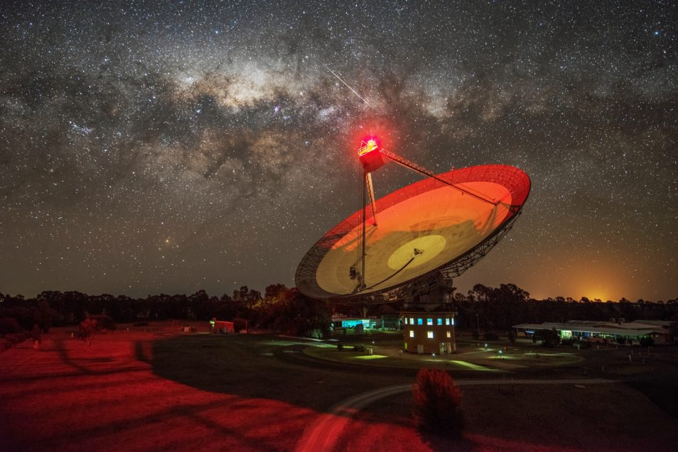 オーストラリアのパークス天文台。