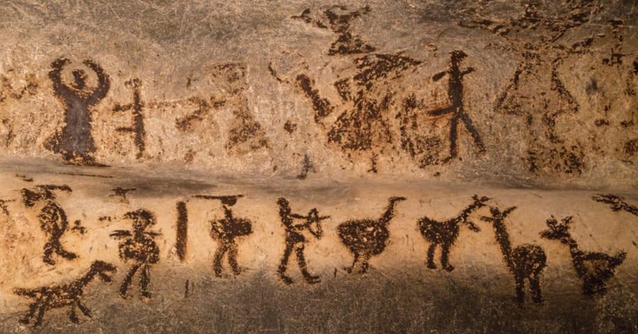 文字が誕生したのはいつ?「カタコト文字」が「スラスラ文字」になるまで