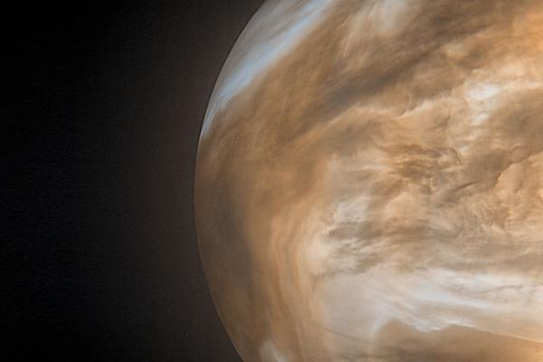 金星大気に検出された生命の兆候「ホスフィン」はただの二酸化硫黄だった