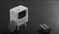 硬貨サイズの極小テレビ