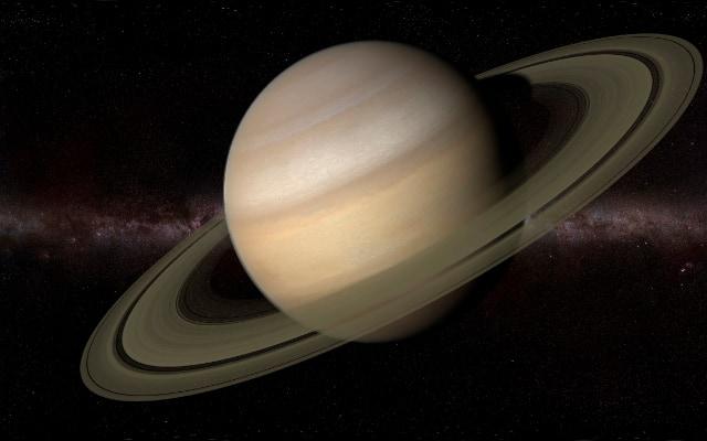 土星が傾いている原因は「衛星タイタン」に引っ張られたせいだった