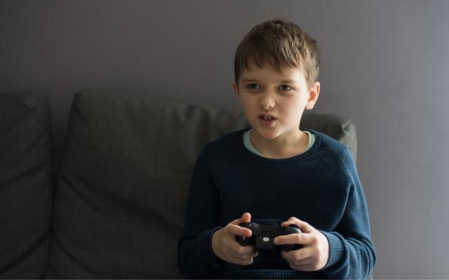子どもの頃、暴力的なゲームに熱中するのは悪いことなのか?