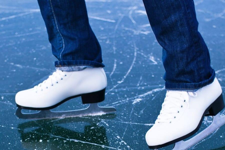 氷の上を滑れる理由が150年ぶりに解明される! マイナス7℃の氷がもっとも滑る