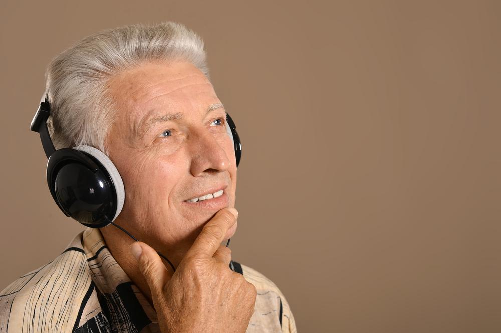 大人は若いころに聴いた曲を好む