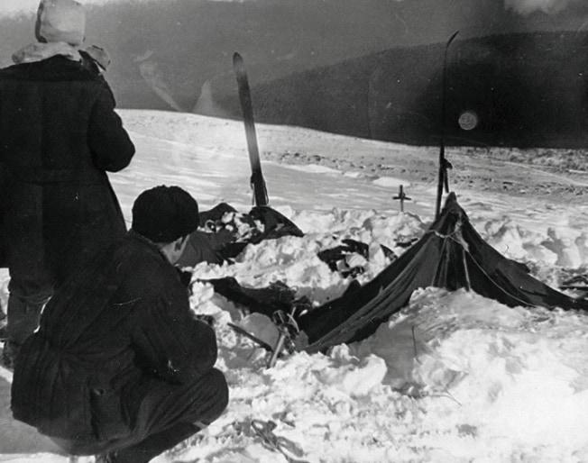 発見されたテントの残骸