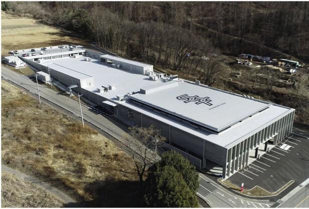 半地下構造の新しい工場