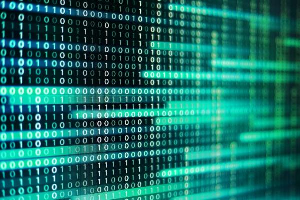 コンピューターのデータは0と1で表現されるバイナリー形式で保存されている。