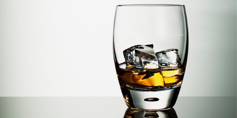 お酒の分解は実は肝臓以外に脳でも行われていた。