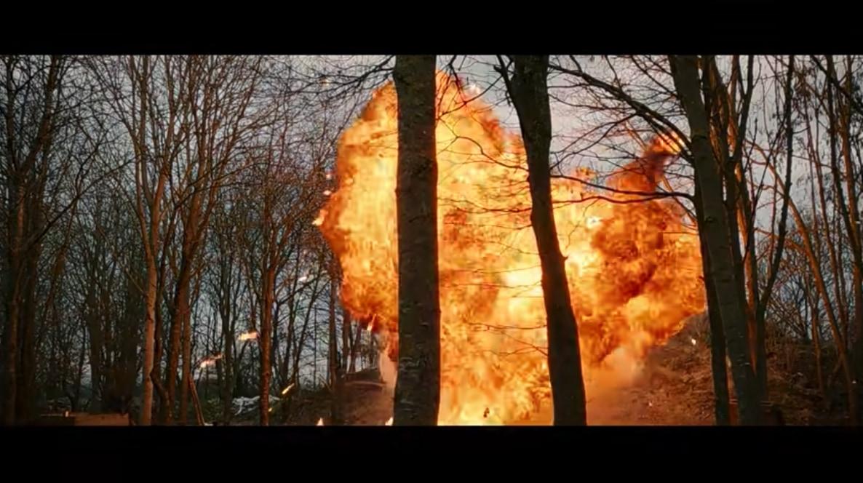 実際の爆弾はメラメラとした炎は発生しない?