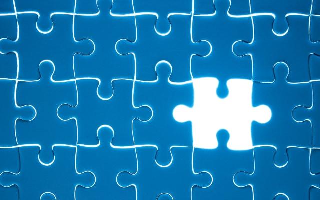 真空をパズルに例えると、抜け落ちたピースが物質で残った穴を反物質と言うことができる。