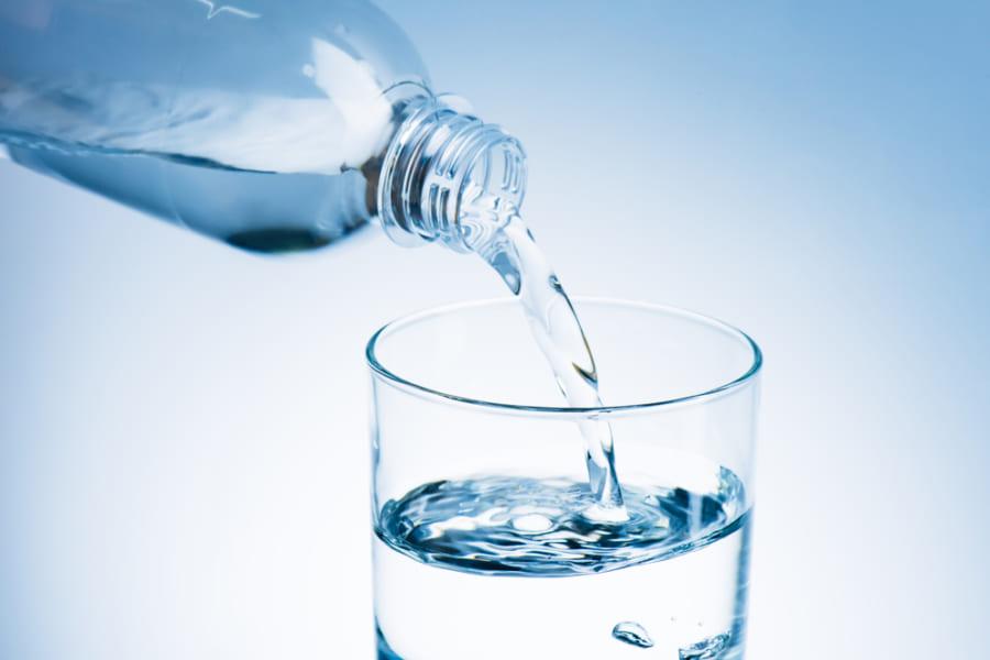 水と化学的に同じはずの「重水」は甘かった