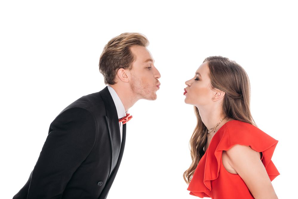 ヒトはキスをするのが好き