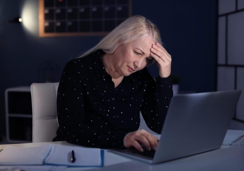 睡眠6時間以下の中高年は、認知症のリスクが高まる