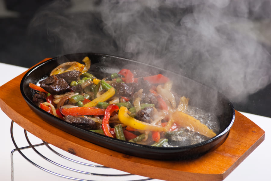 お腹が空くと食べ物の匂いを魅力的に感じる理由が明らかに