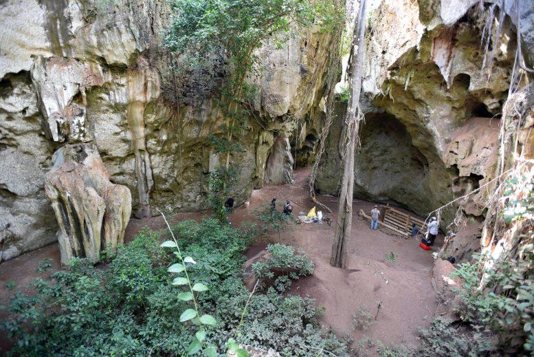パンガ・ヤ・サイディ洞窟