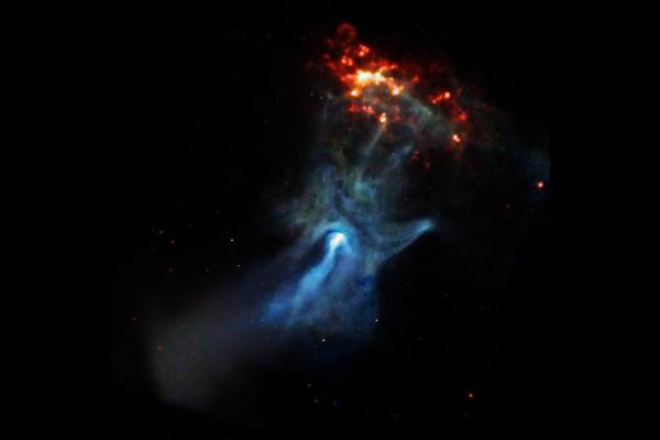 超新星爆発で生まれた「神の手」から爆風の速度が明らかに
