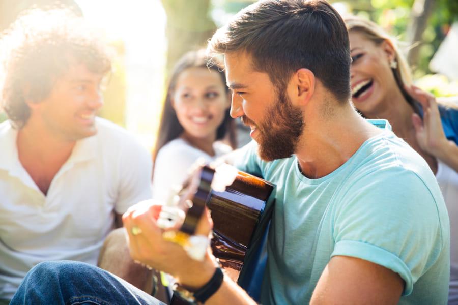 仲間と音楽セッションするときに脳内で起こっていることが明らかに