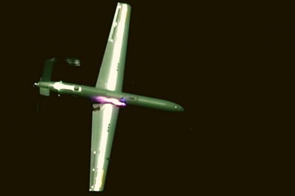 イスラエルが「戦闘機搭載レーザー兵器」のテストを実施、世界初の空中でドーロン撃墜を達成