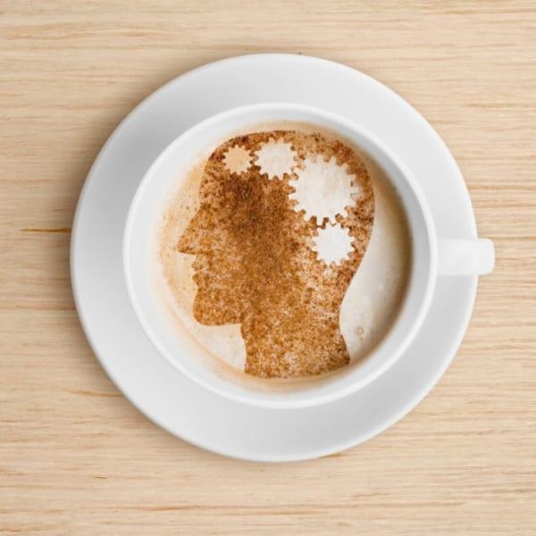 コーヒーの消費と脳の状態には関連性がある