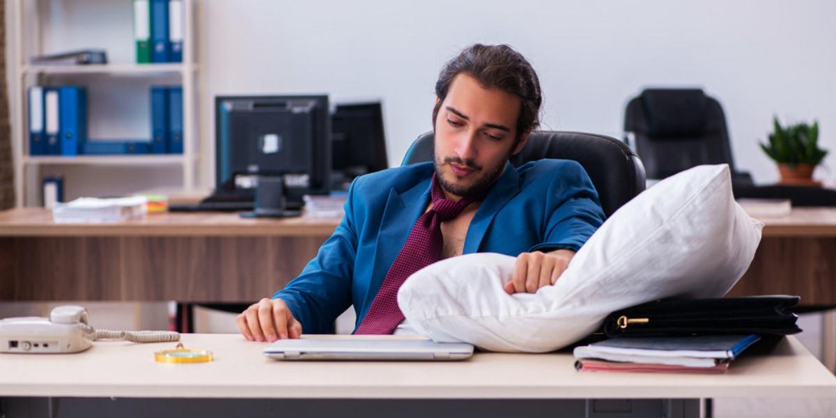 首の神経を刺激して眠気に対処できる