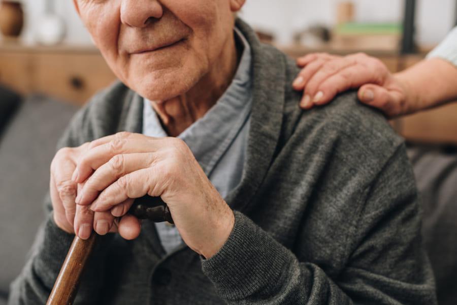 高齢者の「余命を推定するツール」が登場!半年以内の死亡率を95%の精度で言い当てる