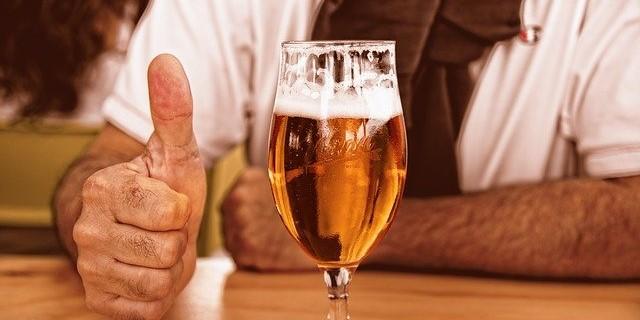1日ビール1本程度のアルコール摂取が心血管疾患患者の死亡リスクを低下させる