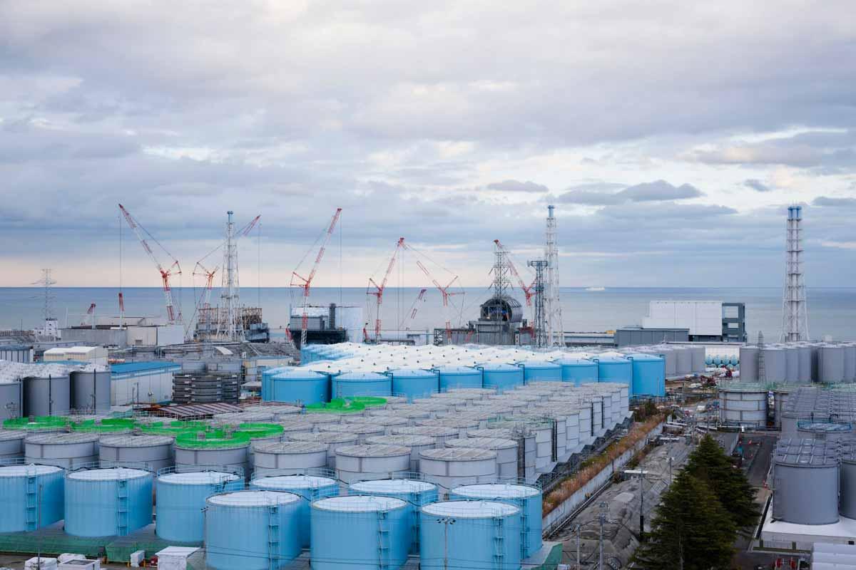 福島第一原発の増え続ける汚染水タンク