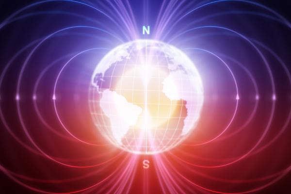 地球の磁場が2億年周期で弱まっている理論の新しい証拠が見つかる